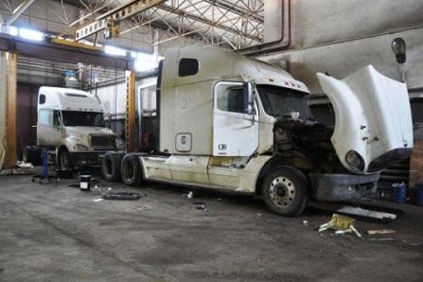 логотип компании Ремонт грузовиков в Краснодаре на выезд. грузовое СТО Краснодар